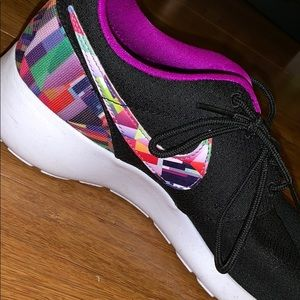 Black Nike's with multi color check!